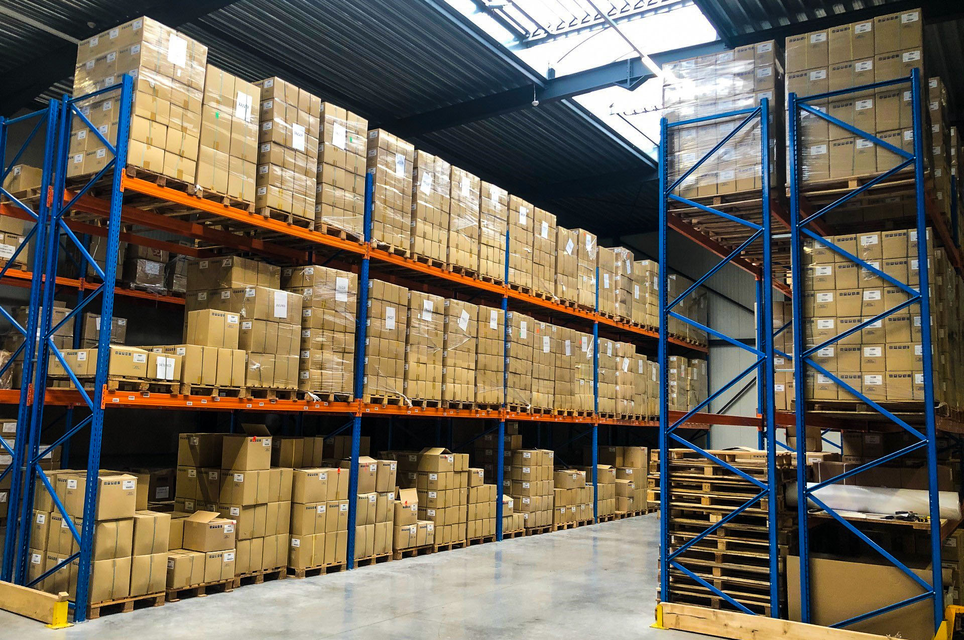 Roeselare Warehouse: manufacturer and provider of textile food packaging